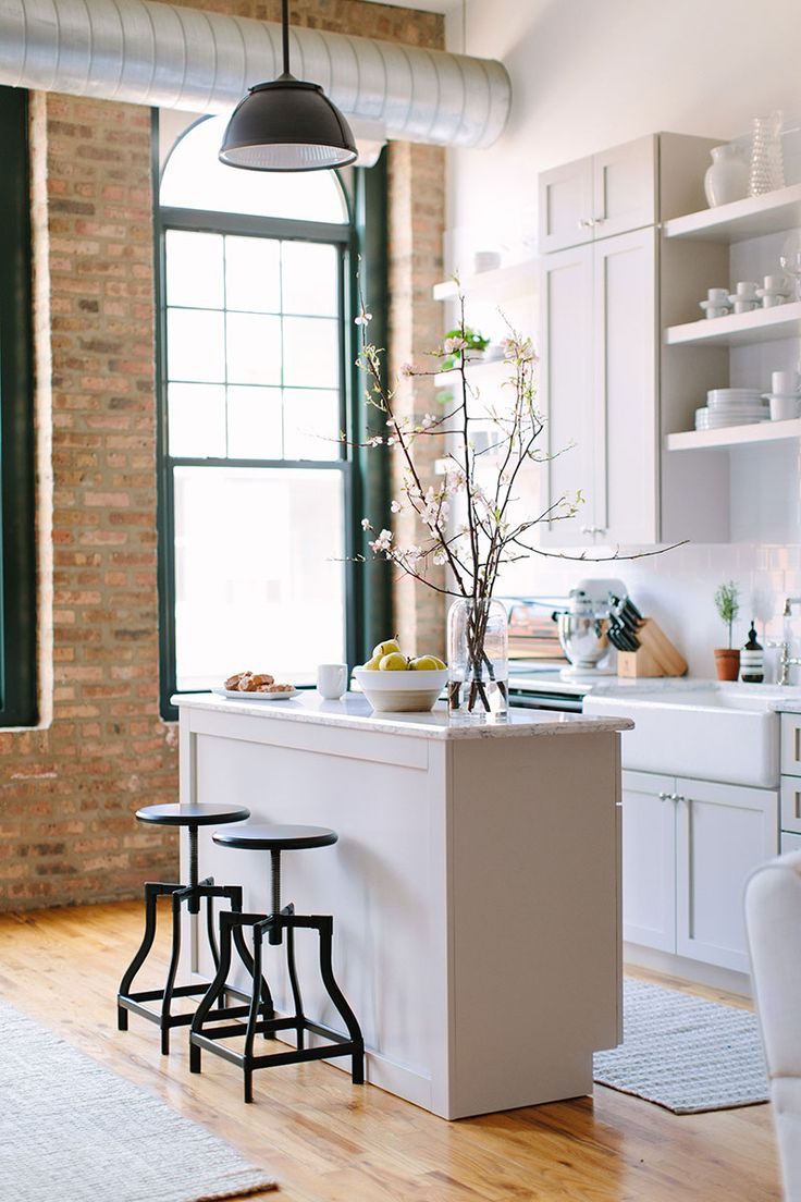 lofted kitchen || greige cabinets with quartz countertops || farmhouse kitchen sink || open shelving and white subway tile