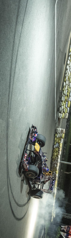 Ricciardo introduces F1 to Sri Lanka #video #redbull #givesyouwings