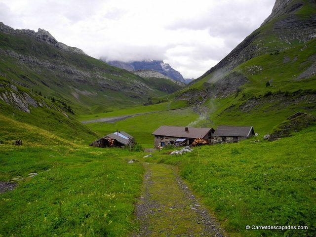 Randonnée en Suisse - Tour des Muverans - Carnet d'escapades - Cabane de La Vare www.villars.ch #villars #villarsgryon #LaVare #tourdumuveran