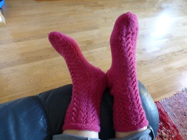 Silja-sukat Roosa nauha sukkaohjekuvasto 1
