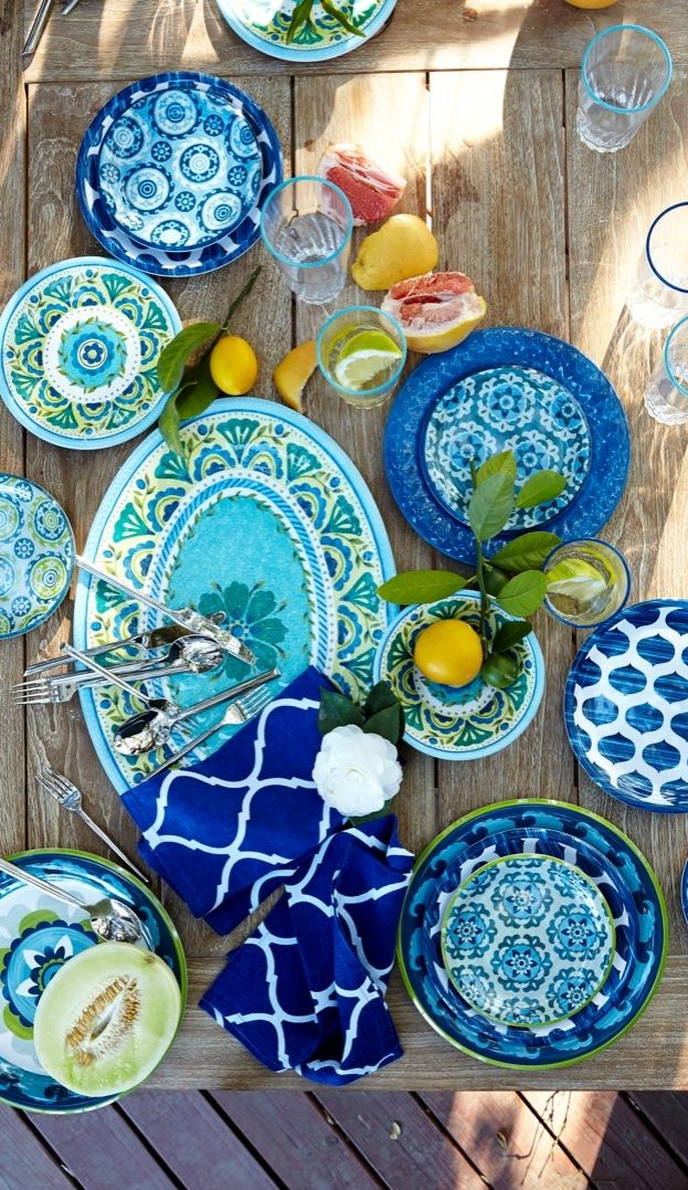 Made for outdoor entertaining, this vibrant dinnerware brings the colors of sea and sky to your table with the convenience of shatter-resistant melamine. #LGLimitlessDesign & #Contest