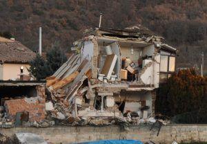 """Commissione Grandi rischi """"Terremoti non prevedibili, ma tenere alta l'attenzione"""""""