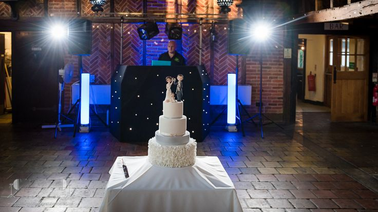Essex Wedding Photographer Ye Olde Plough House by Light Source Weddings…