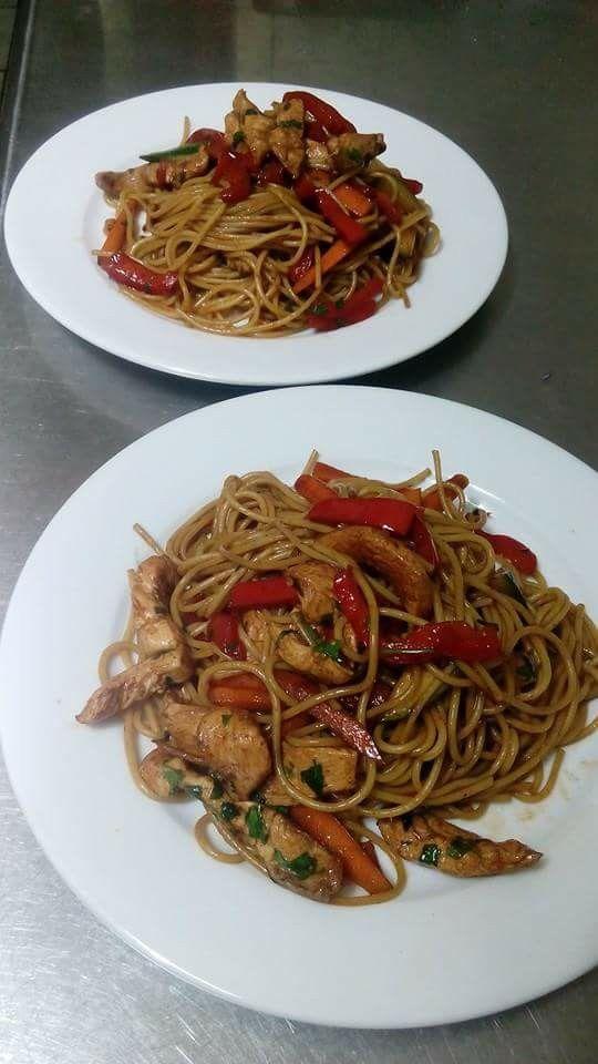 Spaguettis orientales .