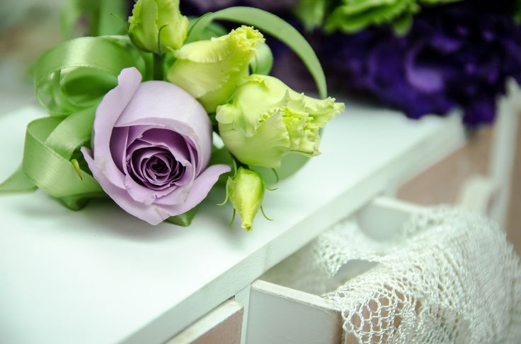 Cocarde flori naturale.