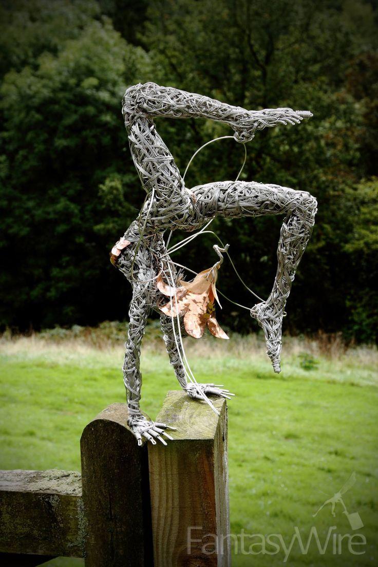 Sculpture by Robin Wight                                                                                                                                                                                 Mehr