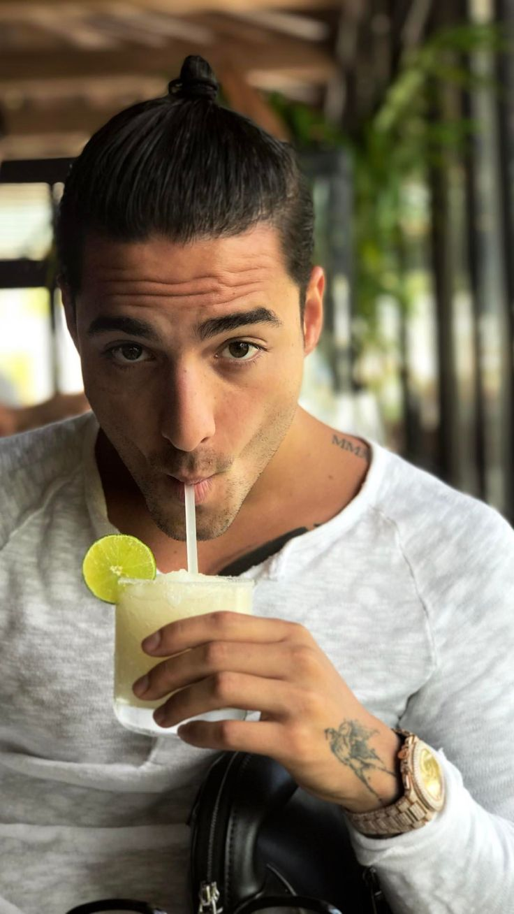 lowden hispanic single men Meet lowden singles online & chat in the forums dhu is a 100% free dating site to find personals & casual encounters in lowden.