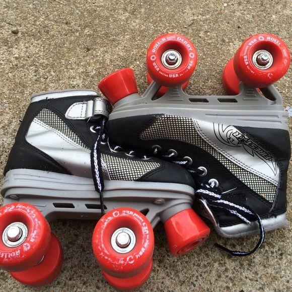 Toddler roller skates GUC toddler roller skates.  Size 13 toddler. Roller Derby Shoes Athletic Shoes