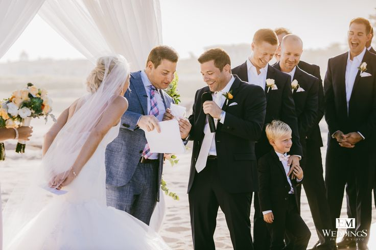 Wedding ceremony at Hotel Fiestamericana, Los Cabos. #destinationwedding #emweddingscabo #brideandgroom