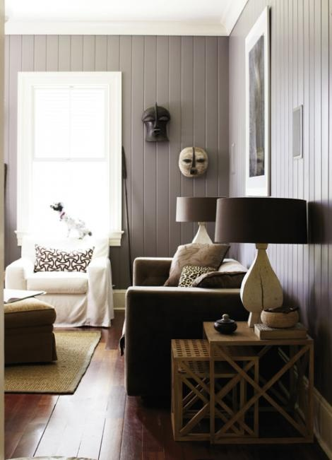 Grey wood panelling and lamps v.nice