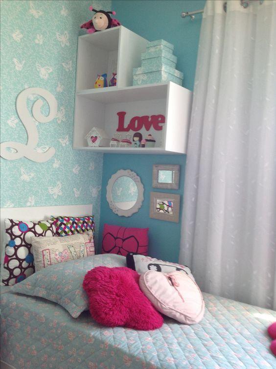 Blue girl bedroom Pra fazer do lado oposto ao da parede destacada