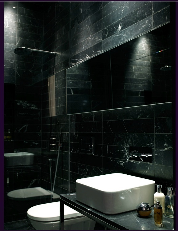 Interior designer orla collins black marble bathroom Interior design black bathroom