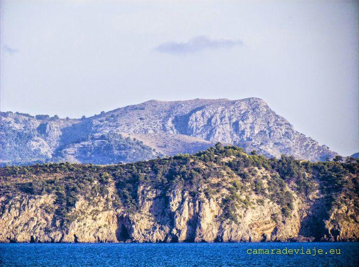 https://flic.kr/p/Zt1WQs   De Mallorca a Menorca (97)   Voy a huir del frío otoñal de Madrid y con mis recuerdos iré al Mediterráneo en 2011. Mis fotografías me retrotraen a un viaje en barco, de Mallorca a Menorca. Marcus Populus. Si quieres ver el reportaje completo: marcuspopulus.blogspot.com.es/2017/11/de-mallorca-menorca...