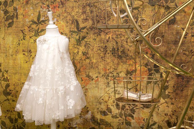 Carta da parati // Wall covering ideas by Glamora