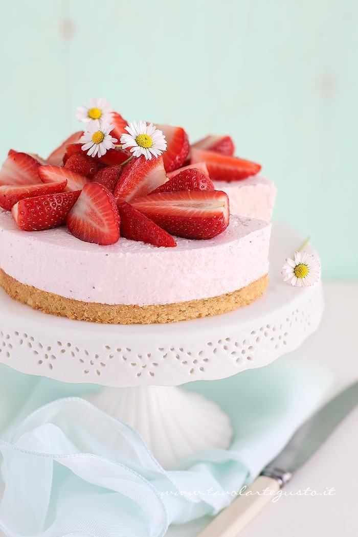 Cheesecake alle Fragole - Ricetta Cheesecake alle Fragole