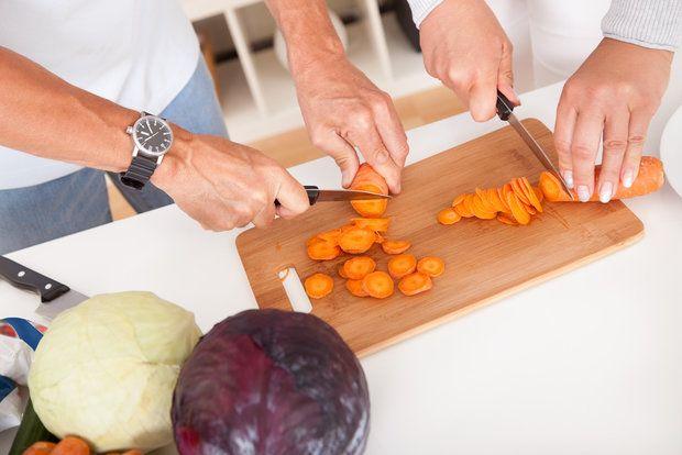 15 новых крутых лайфхаков, которые сделают жизнь на кухне проще - KitchenMag.ru