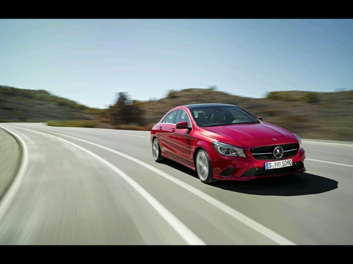 Mercedes Benz CLA 220