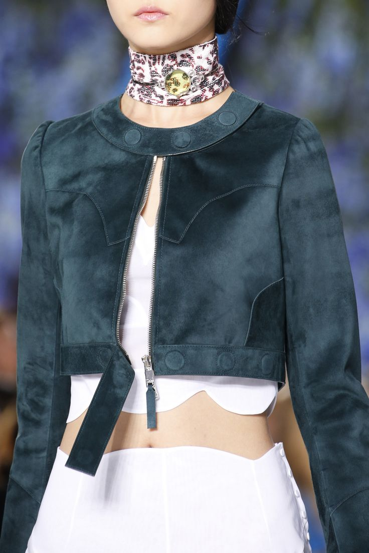 Christian Dior Spring 2016 Ready-to-Wear Fashion Show Details