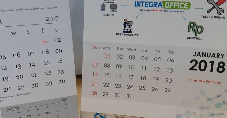 Pakaian boleh yang tahun lalu namun kalender harus diganti baru. . . . #newyear #happynewyear2018  #kalender2018  #tahunbaru  #tahunbaru2018  #kalender2017  #happynewyear  #calendar  #2017calendar  #2018calendar