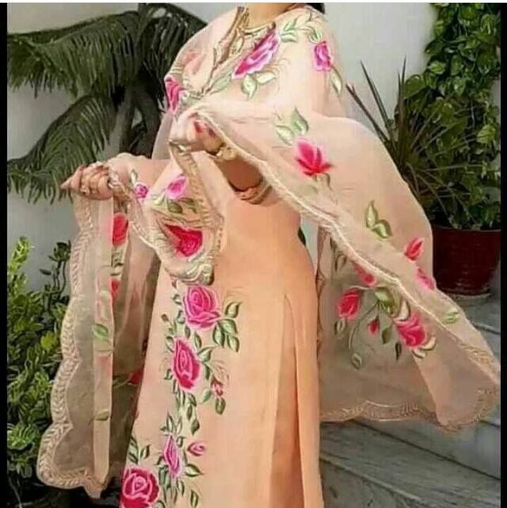Hand paint punjabi suit on pure fabric with embroidery combination