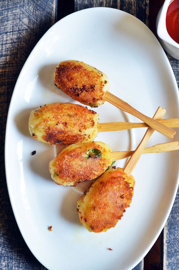 Chec out this Potato Lollipop Recipe by @mharini. What a the perfect poolside snack for all ages.