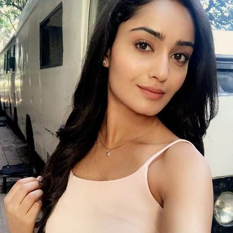 South Indian Actress Tridha Choudhury Hot Photos On Instagram