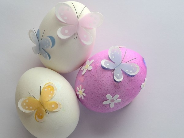 butterfly easter eggs!