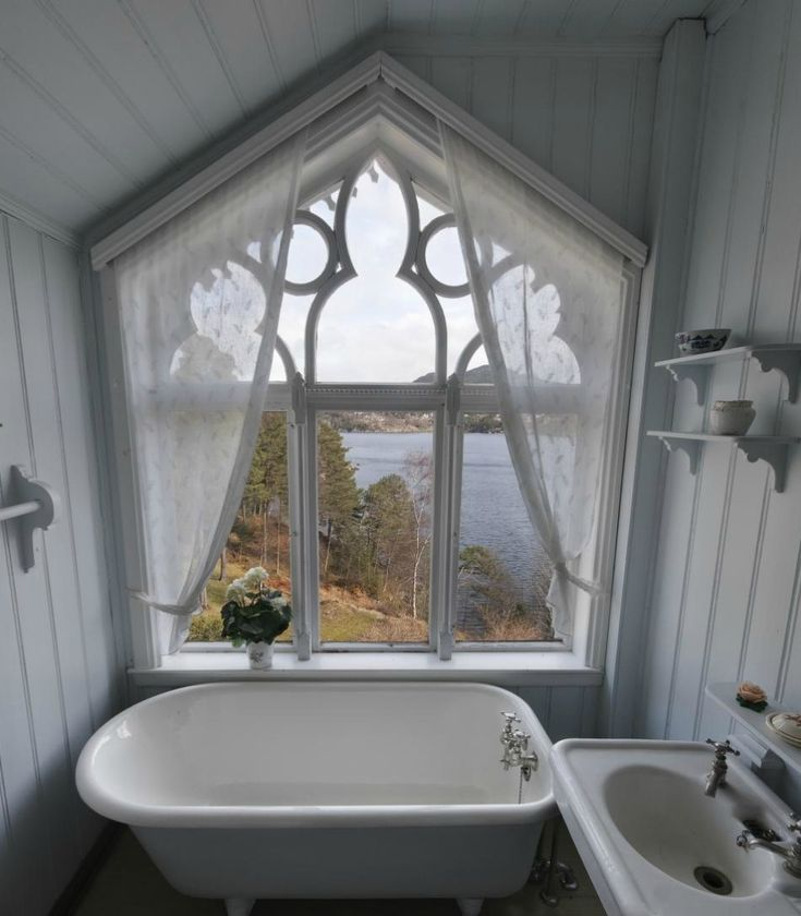 92 best ☘ Amazing Bathrooms ☘ images on Pinterest Bathrooms