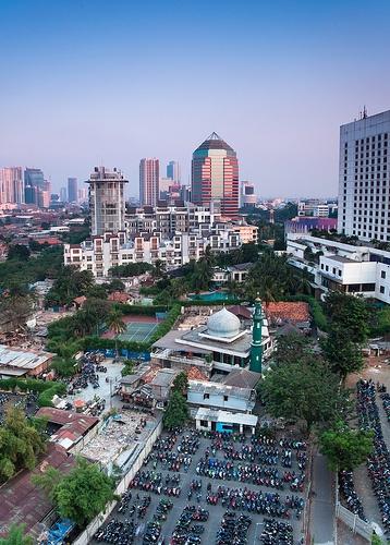 Jakarta, Java: '88 huwelijksreis naar Indonesië met een start in Singapore, daarna Sumatra, Java, Lombok, Bali en Sulawesi. Wat een ervaring!