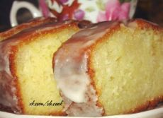 Кекс по этому рецепту получается просто идеальным! Влажный, пористый, ароматный, золотистый, нежный, просто безупречный!