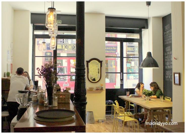 Motha Café & Deli. Calle de Santa María 39, Madrid  (Anton Martin) ~ http://madridyyo.com/2012/07/17/motha/ #madrid