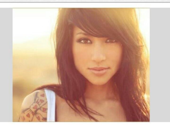 Beautiful Swoop Bangs & Hair... Beautiful Girl