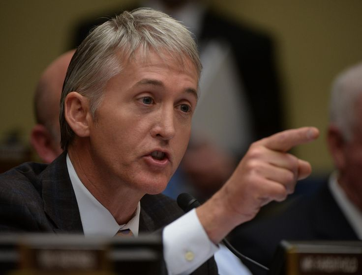 Trey Gowdy, Republican representative from South Carolina who served as chairman for the United States House Select Committee on Benghazi, got more than a little attention for himself while questioning FBI Director James Comey today. See, while Comey is opening up an official inquiry into the Trump campaign's ties with Russia, Gowdy is more concerned about jailing journalists who report on it. (Priorities, you know?)  You'd be forgiven for not catching that pretty major twist because the…