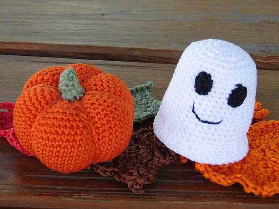 Ready to ship! Set of 2.  This cute set of two: amigurumi crochet ghost together with a cute, little pumpkin will make a truly unique interior decor item to set up your house for Halloween. Or it can be a wonderful gift for the baby. Your baby will get so much joy from the sensations, sounds and visual delights these toys give. The ghost is crocheted from 100% of cotton yarn, inside there is a container with beads. It is very easy to grip, it thunders, if you shake. Pumpkin is crocheted from…