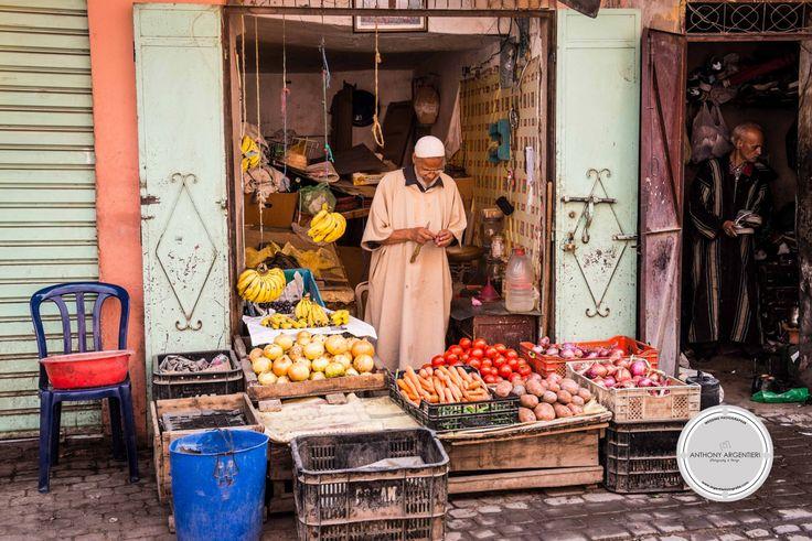 Retailer in Medina