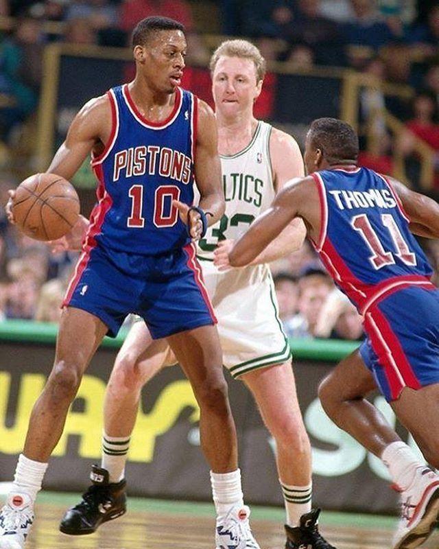 Pin By Poppin Sports On Dennis Rodman Dennis Rodman Detroit Pistons Detroit Sports