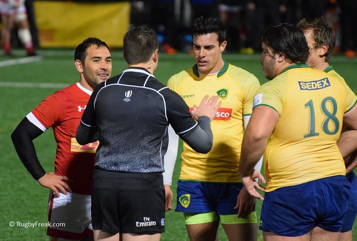 The referee was telling a joke only Phil found funny. #rugbyfreak #sofreaky #loverugby #rugby #ARC #rugbycanada #teamcanada #teambrazil