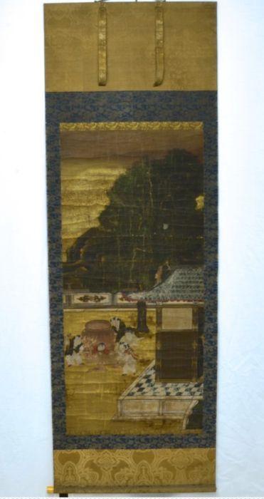 Grote scroll schilderij van de Shiba Onko verhaal op de wijze van Kano Eitoku (1543-1590) - Japan - Edo-periode  Vroege Japanse scroll schilderij op zijde met goud verguld/blad. Komt met een cedar doos ingeschreven. Toen ik het kocht werd mij verteld dat dateert uit de Edo-periode en zeker deze scroll is oud maar ik kan niet meer precies zoals ik geen expert ben.Toont de Shiba Onko verhaal een zeer traditionele verhaal van een jongen die rustig redt zijn vriend die is gevangen in een…