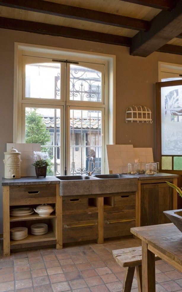 Steigerhouten Keuken Ikea : Houzz Mediterranean Kitchen