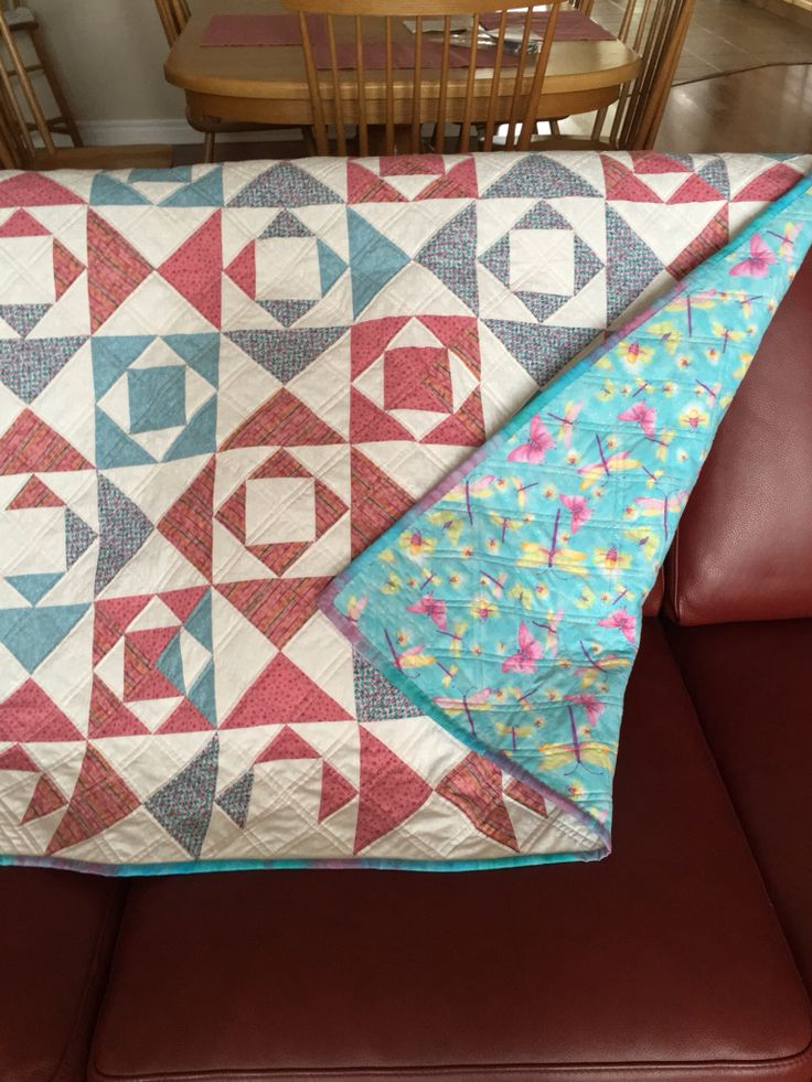 """Kissing Fish"" baby quilt for Inara"