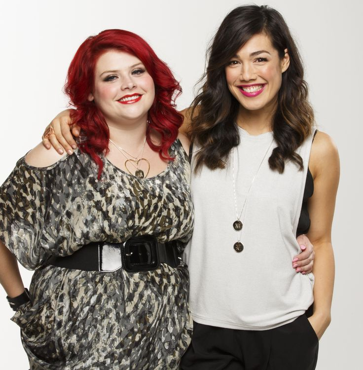 Melissa Bergland (Jenny) and Melanie Vallejo (Sophie) > Winners and Losers, channel 7