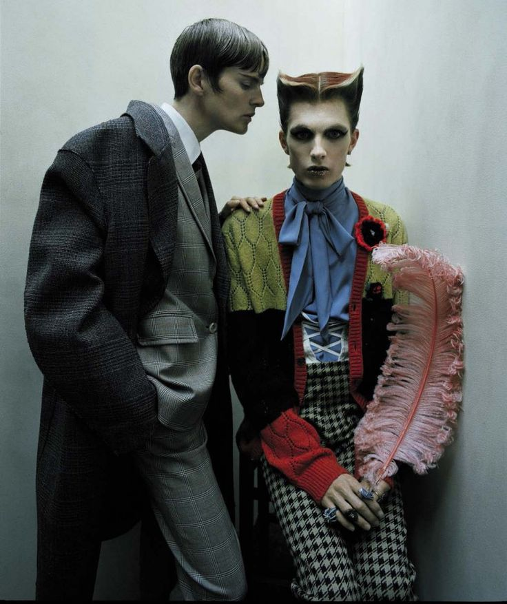 Стелла Теннант и Джеймс Кру в фотосессии Тима Уокера для «Vogue» Италия, июль 2016. http://fashioneditorials.ru/tim-uoker-vogue-italiya-iyul-2016/