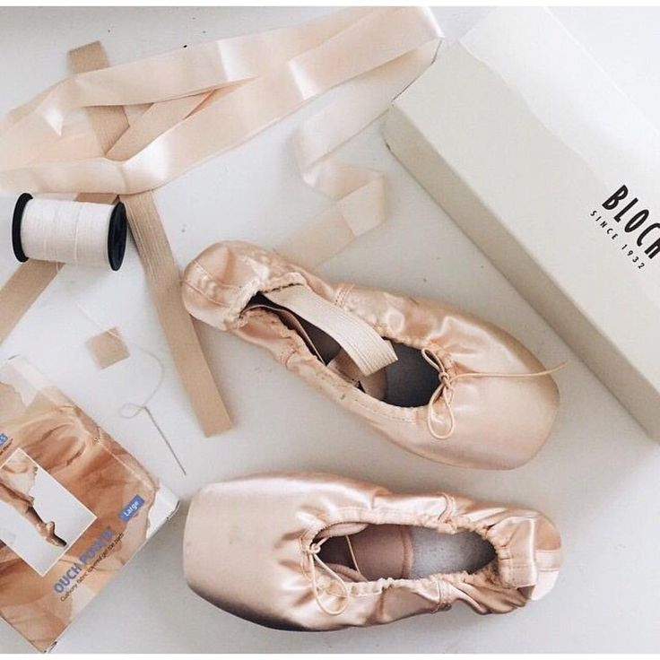 New pointe shoes make me so happy :)