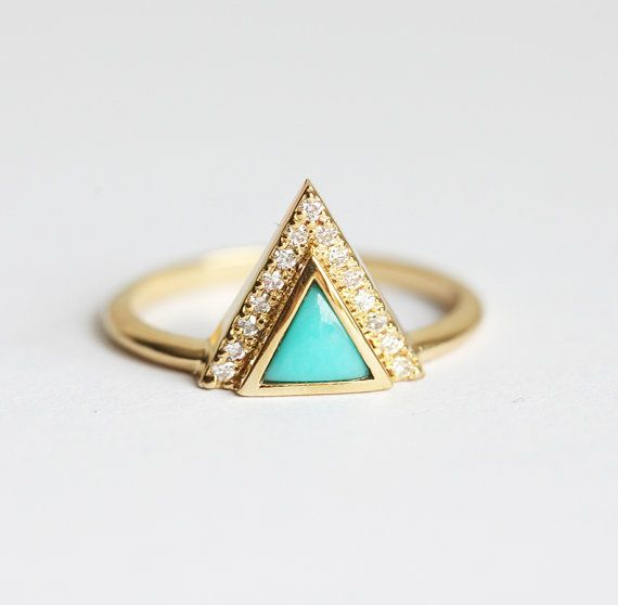 Trillion Turquoise Ring, Unique Turquoise Ring, Turquoise Engagement Ring, Triangle Turquoise Ring, 18k Yellow Gold