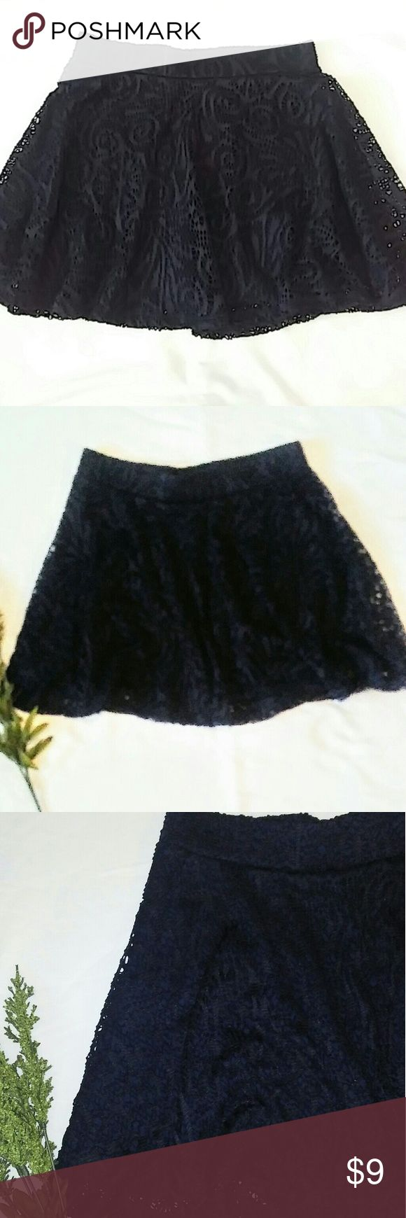 "🌟New LIsting🌟 Aeropostale mini skirt (sm) EUC❤ Cute flare mini skirt with fun crochet look and lined inside. Measurements laid flat waist 13"" L 15"" navy blue color Aeropostale Skirts Mini"