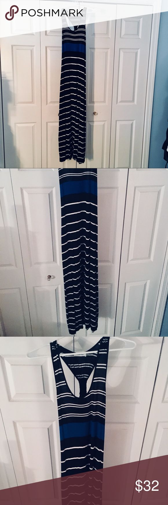 Calvin Klein Stripped Maxi Dress Extremely comfortable Calvin Klein Maxi. Never worn! Adorable razor back scoop neck combo. Definitely for someone tall😉 Slimming. Stylish. The perfect dress for the beach to dinner transition🌊 Calvin Klein Dresses Maxi