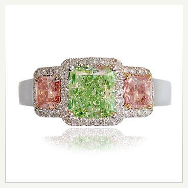 Green Diamond Rings - Diamond-Colors.Com