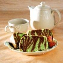 Zebra choco green chiffon cake recipe http://kueresep.com/chiffon-cake/chiffon-pandan-cokelat_12167.html