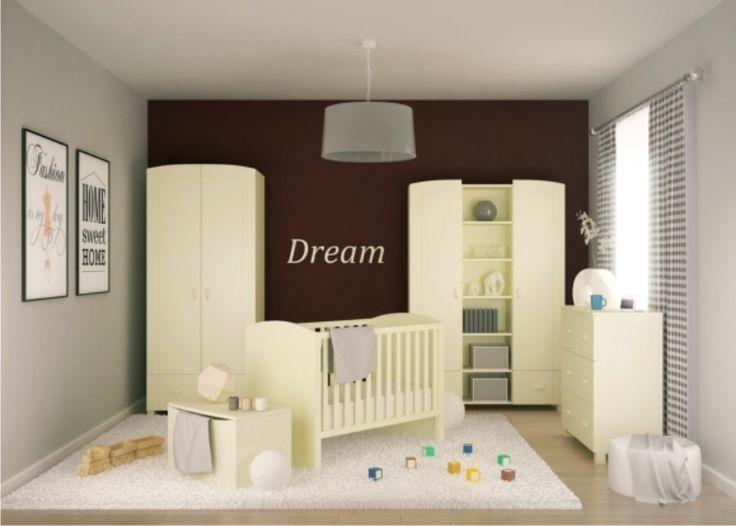 Uniwersalna, kremowa kolekcja z delikatnymi frezami może stanowić doskonałe dopełnienie pokoju dziecięcego, w którym mnogość barw zapewniają kolorowe zabawki. Te meble mogą być także podstawą do stworzenia własnej i niepowtarzalnej kolekcji, np. dzięki zastosowaniu wybranych przez Dziecko naklejek.