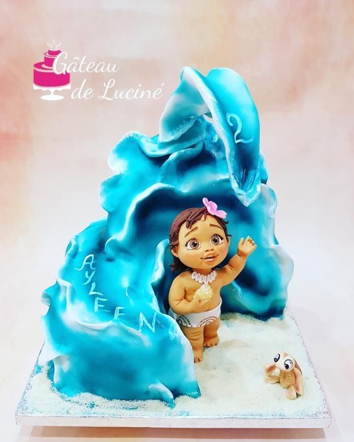 Ocean waves 3D cake with little MOANA  by Gâteau de Luciné